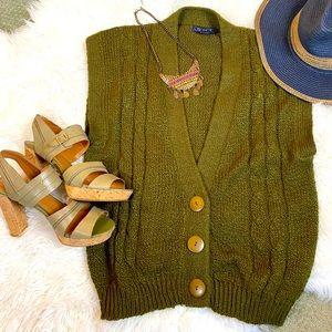 Green sweater vest VTG button Grandpa Cable knit